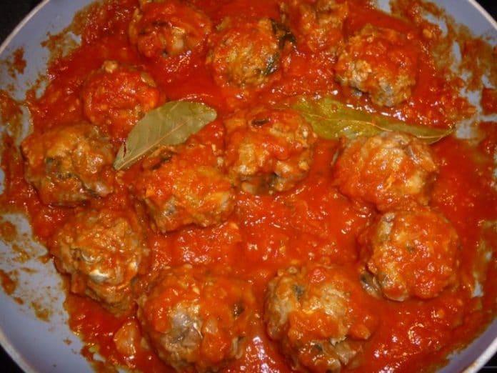 Recette Boulettes de Sardine en Sauce Tomate